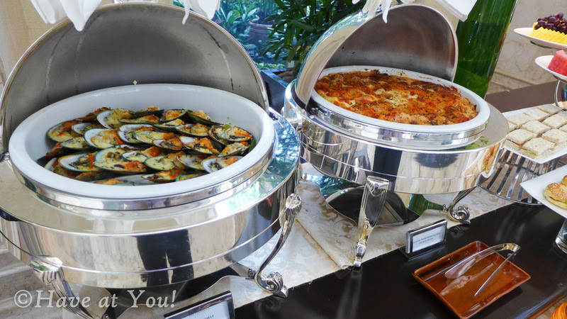 The Lobby's mussels and salmon lasagna