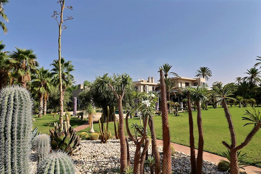 Vente villa 6 pièces 1280 m² à Mont-de-Marsan (40000), NaN €