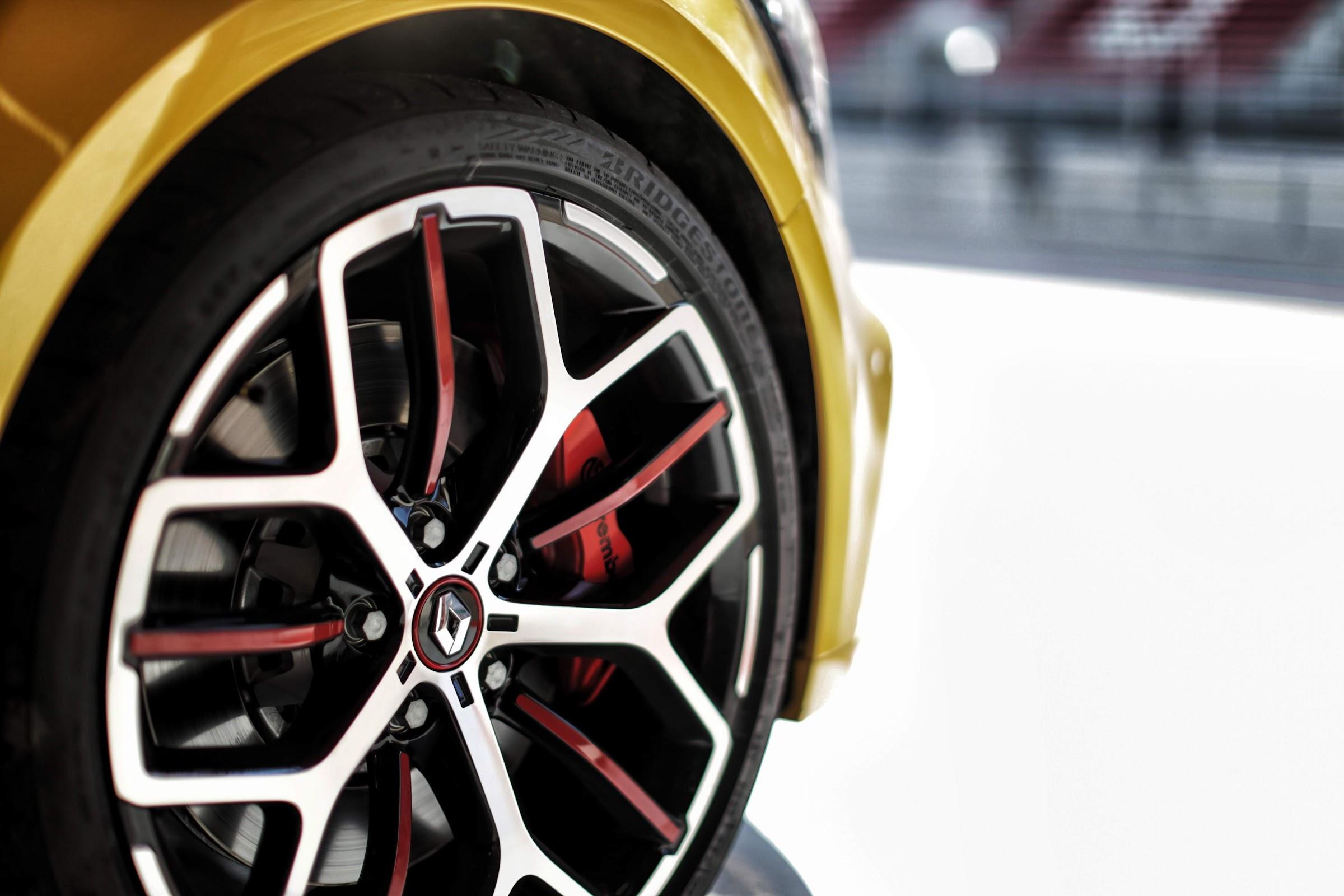 ZeolwpVxfcrxMNKSXMG4h9Ilgc7BL5 lBBik13lbYtDh6wW7 T0aPLPfW1OMrfGBC9zAjltqRaScaX 6b0IhJaxPIpJh3kUWS6peeTBlHDK   HECEXX4bz5fn8HoIxkq6v606vfKQ=w2400 - Nuevo Renault Mégane R.S. Trophy