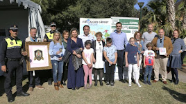 Foto de familia con el alcalde Fernández-Pacheco.
