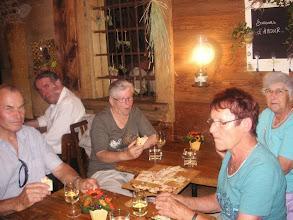 Photo: Auch unsere Fan's geniessen eine Delikatesse  der Stadt Murten, ein Salzgebäck