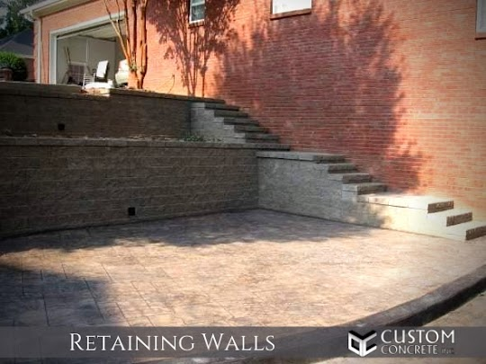 Custom Concrete Inc. retaining wall