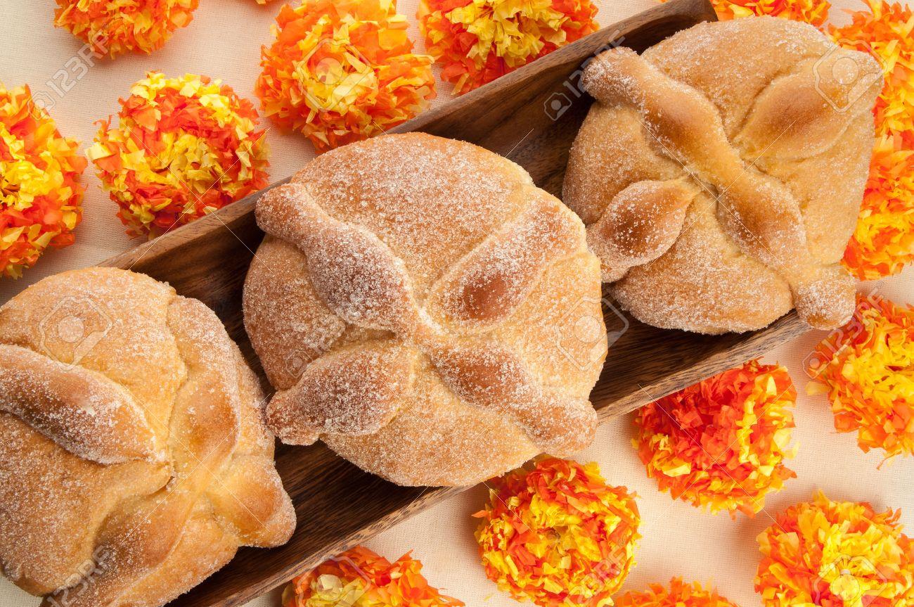 Image result for dia de los muertos pan de muerto
