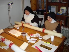Photo: Le sorelle artiste. Importante essere attenti: s.Chiara Kr. & s.Letizia