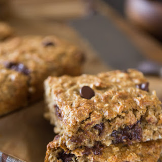 Whole Wheat Oatmeal Chocolate Chip Snack Bars.