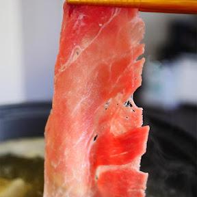 【救済グルメ】コロナで苦境に立たされた食肉業者「嶋本食品」から買った1.6キロ5000円送料込みの豚肉が泣けるほどウマイ件