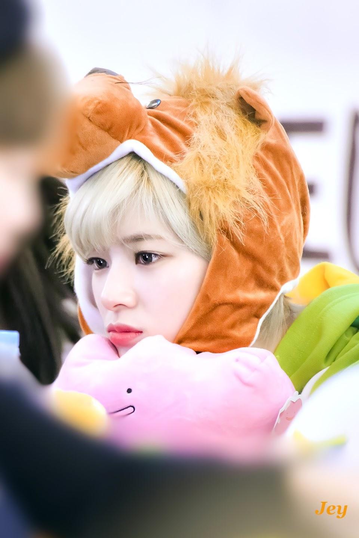 baby jeongyeon