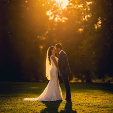 Wedding photographer Péter Győrfi-Bátori (PeterGyorfiB). Photo of 23.10.2017