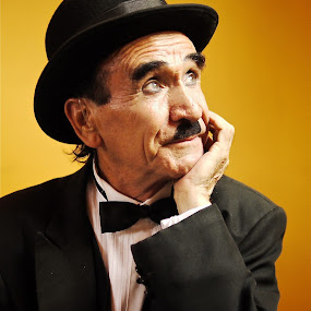 CHAPLIN MEXICANO by Jose Mata - People Musicians & Entertainers