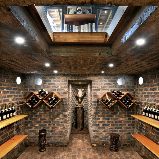 The wine cellar of the House of the Big Arch.