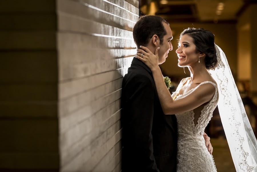 Vestuvių fotografas Jose miguel Reyes olla (reyesolla). Nuotrauka 13.03.2019