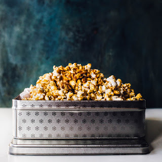 Healthier Caramel Corn with Maple Syrup Recipe