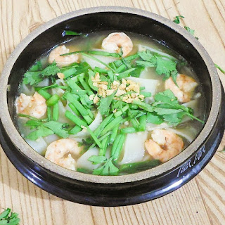 Thai Rice Noodle & Shrimp Soup In Less Than 10 Minutes
