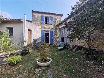 maison à Loiré-sur-Nie (17)