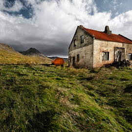 Rural Decay by Þorsteinn H. Ingibergsson - Buildings & Architecture Decaying & Abandoned ( sky, green, nature, old farm, grass, þorsteinn h ingibergsson, structor, iceland, clouds, abandoned, landscape )