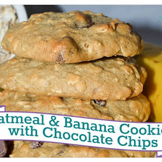 Oatmeal & Banana Cookies with Chocolate Chips.