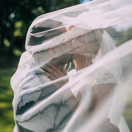 Wedding photographer Daniil Plesnickiy (plesnytskiy). Photo of 02.12.2017