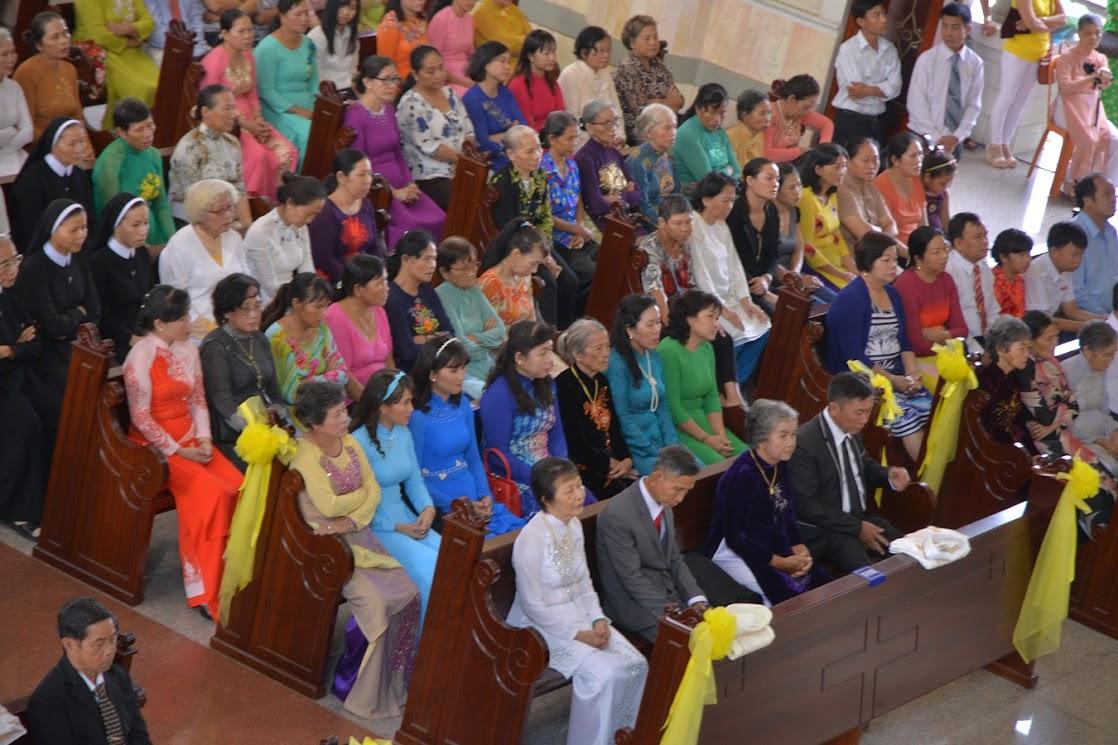 Thánh Lễ Truyền Chức Linh Mục Giáo Phận Phú Cường : Là Kitô Khác Chứ Không Phải Khác Kitô - Ảnh minh hoạ 5