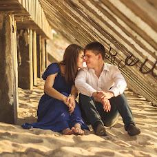 Wedding photographer Aleksandra Lovcova (AlexandriaRia). Photo of 24.07.2014