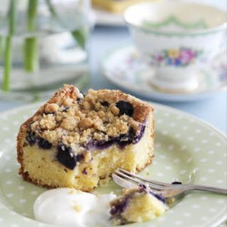 Blueberry Sour Cream Crumble Cake