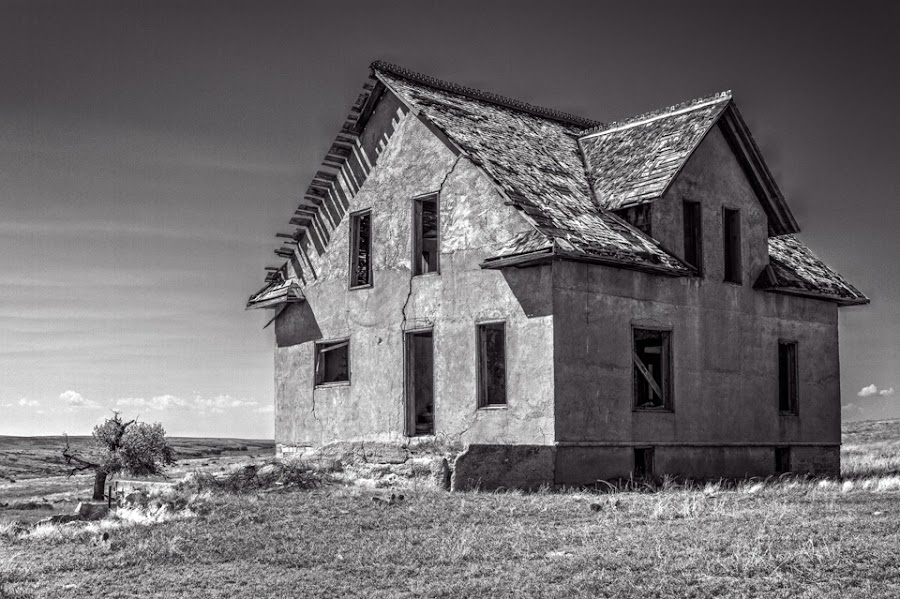 Empty by Jim Talbert - Black & White Buildings & Architecture ( pasture, nature, hdr, black and white, landscape, landscapes, alone, kansas, abandoned )