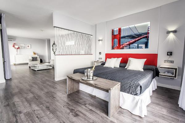 Flatotel Suite