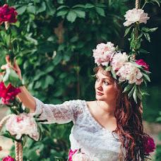 Wedding photographer Aliya Azamaeva (Spring-Swallow). Photo of 13.06.2015