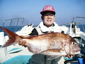 Photo: 本日の大物賞! イタヤさんの4kg真鯛でしたー! 枚数も16枚でしたー。