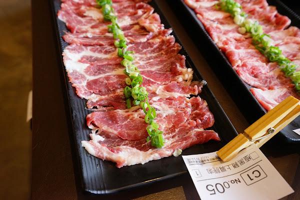 牧鍋頂級熟成牛鍋物|台南牛肉火鍋|東區|全台首賣熟成牛火鍋|獨家湯頭|招待哈根達斯|皇帝般的享受