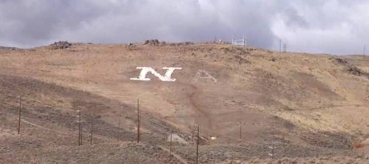 Man starts writing hillside love message, gets tired and gives up