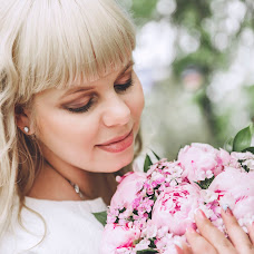 Wedding photographer Olga Guseva (olgaguseva79). Photo of 19.08.2017