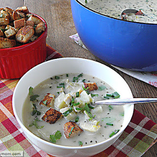 Light New England Clam Chowder {Dairy Free & Gluten Free}
