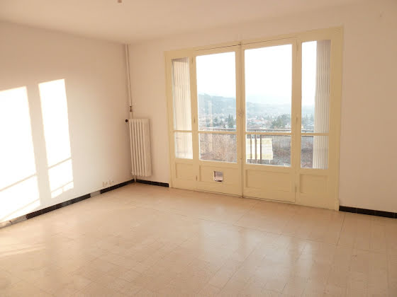 Location appartement 4 pièces 63,72 m2