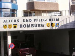 Photo: APH Homburg mit den 6 Mitgliedergemeinde-Wappen (v. links ) Buckten / Läufelfingen / Häfelfingen / Rümlingen / Wittinsburg / Känerkinden.
