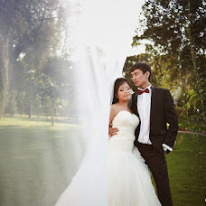 Wedding photographer Aleksandr Vachekin (Alaks). Photo of 14.12.2012