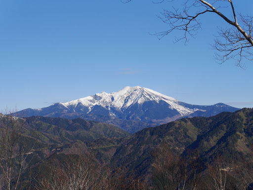 木曽御嶽山(下が白巣峠)