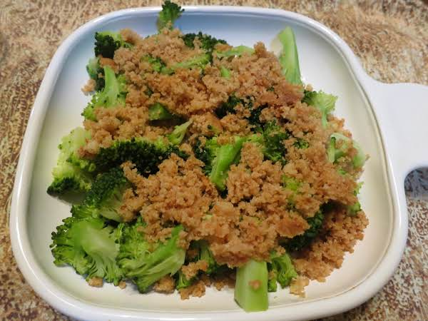 Broccoli With Browned Buttered Bread Crumbs Just A Pinch Recipes