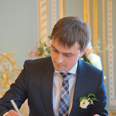 Wedding photographer Vladimir Agapov (fotovl952). Photo of 09.02.2014