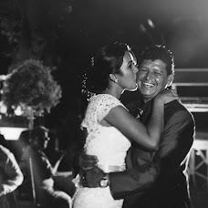 Wedding photographer Carolina Guerrero (carolinaguerrer). Photo of 10.03.2015