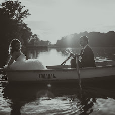 Wedding photographer Denis Novikov (7018888). Photo of 30.08.2014