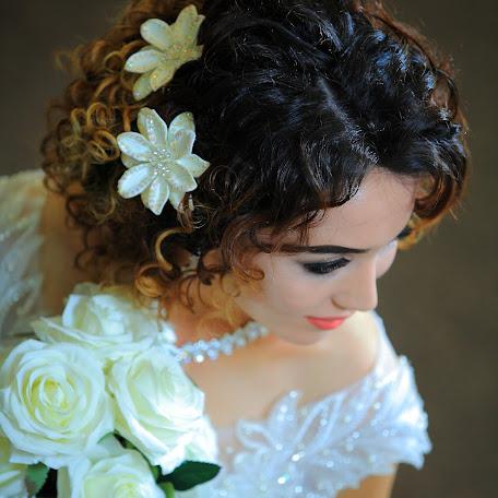 Wedding photographer Olimov Akmal (Olimov). Photo of 19.02.2018