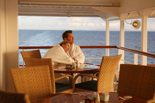 Seadream-sunrise.jpg - Watch the sun rise with your companion on a SeaDream cruise.