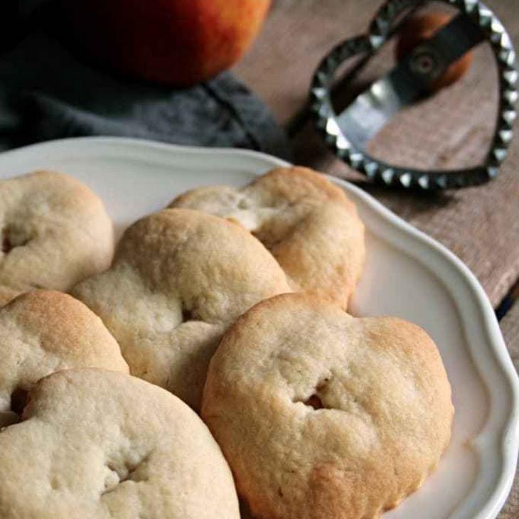 Cute Apple Hand Pies Recipe