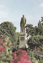 Photo: a doua jumatate a sec. XX Statuia lui Dr. Ioan Ratiu din colectia lui Ionel Palcau