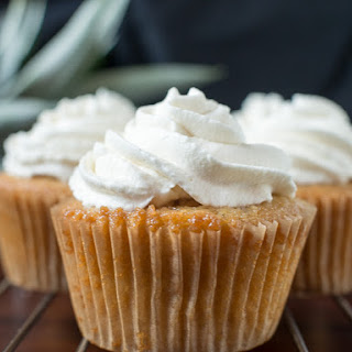 Ginger Beer and Pineapple Pisco Cupcakes