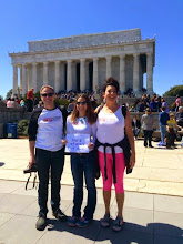 Photo: 4.11.15 SSH in Washington, DC at the Lincoln Memorial