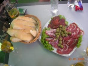 Photo: nakon jela još malo jela ... mmmm ... a kulen ... nikad je bolji ...