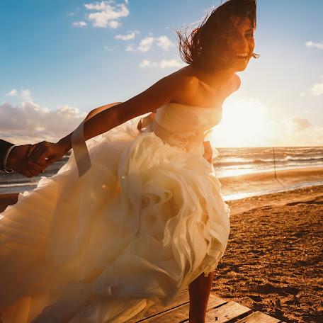 Wedding photographer Denis Persenen (krugozor). Photo of 05.10.2016