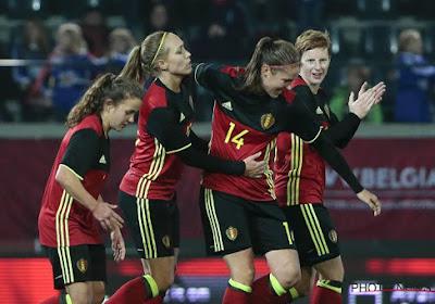"""Les Red Flames regrettent le """"champ de patates"""" sur lequel elles ont affronté le Danemark"""