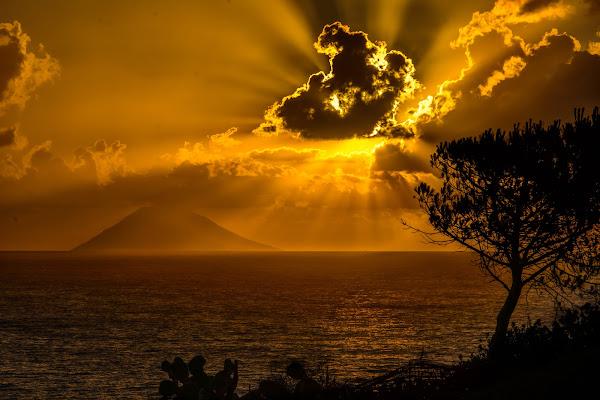 Ora d'oro su....vulcano di DanteS